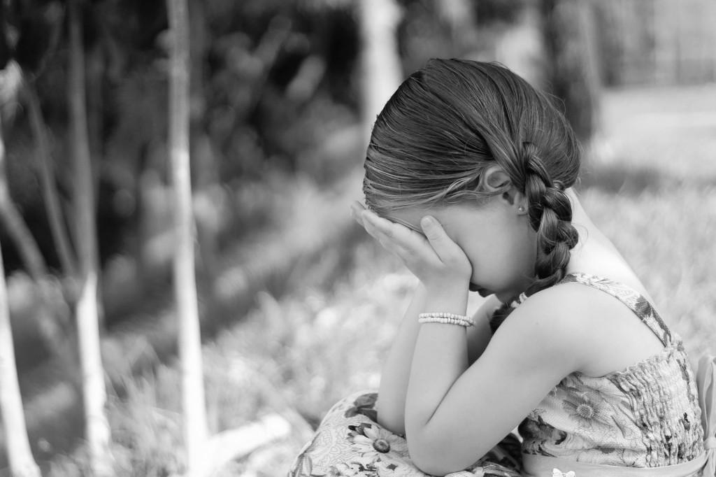 ledsen-flicka