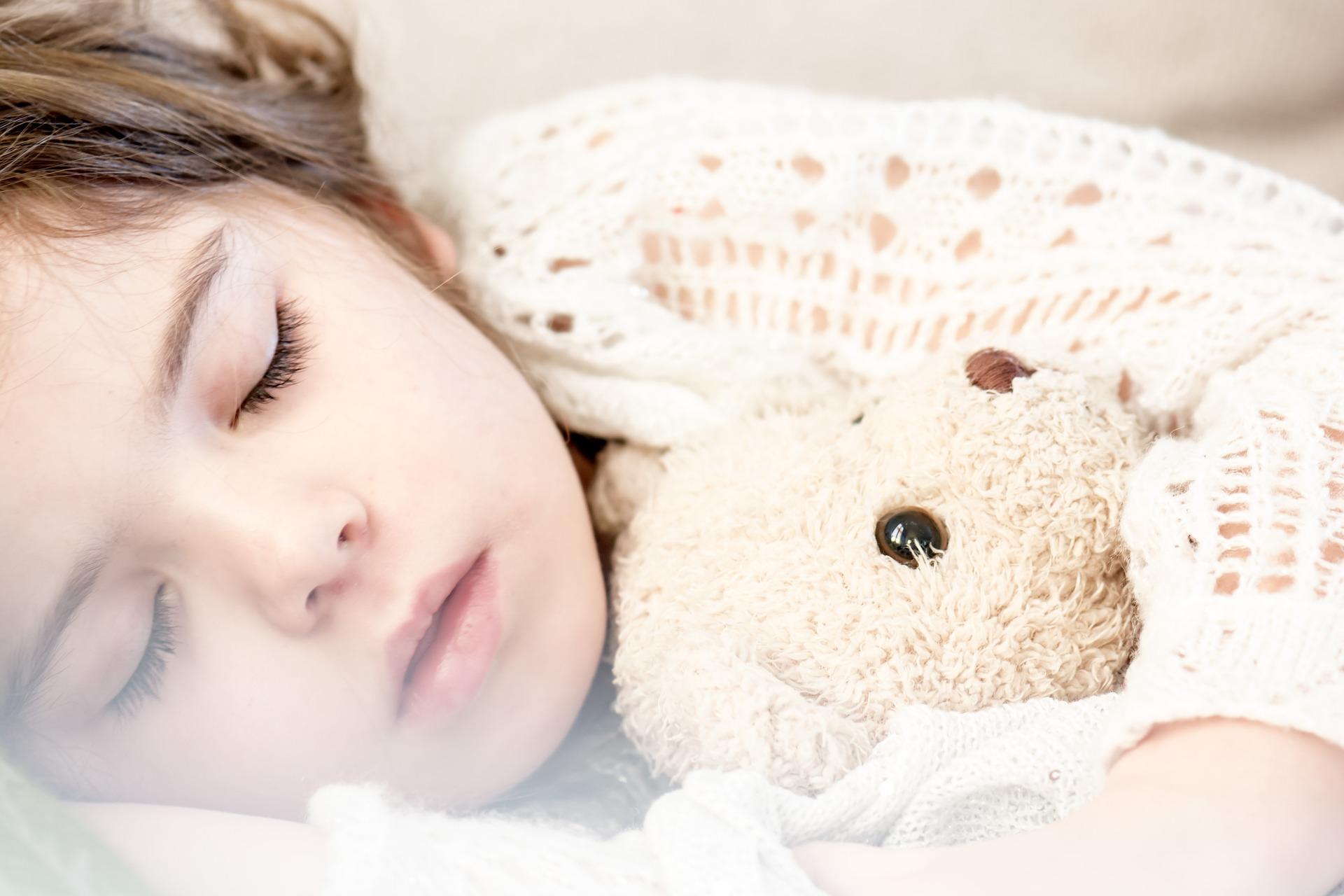 Så här får du ditt barn att sova gott
